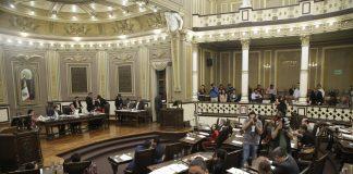 Colectivo pide renuncia de diputados por ofensas a colegas