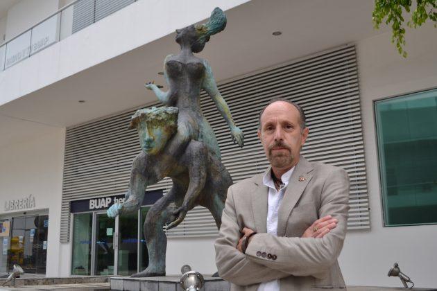 La labor docente consiste en generar dudas y que el estudiante sea quien construya el conocimiento: Marco Quesada Pérez